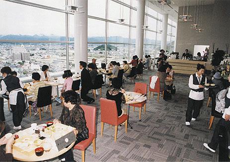 展望レストラン「Ki-ichigo(きいちご)」